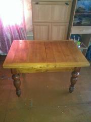 Старинный раздвижной обеденный стол